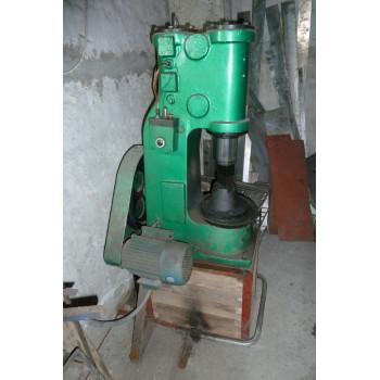 Молот кузнечный, ковочный С41-16 Б/У